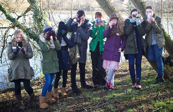 teenagers photography workshop group